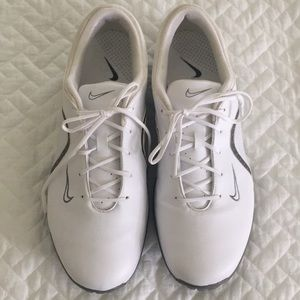 Nike Ace golf shoes size 9